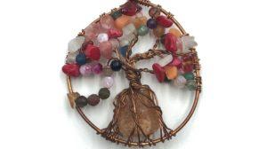 árbol de la vida con piedra central