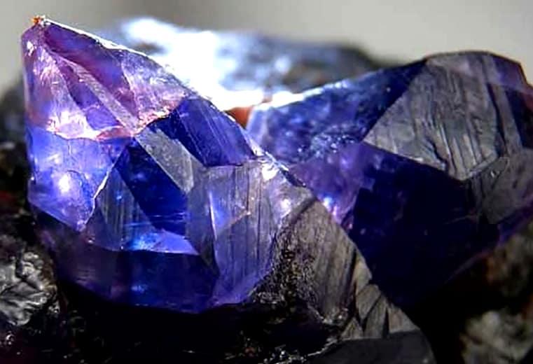 significado de los colores y sus piedras preciosas Zafiro 9