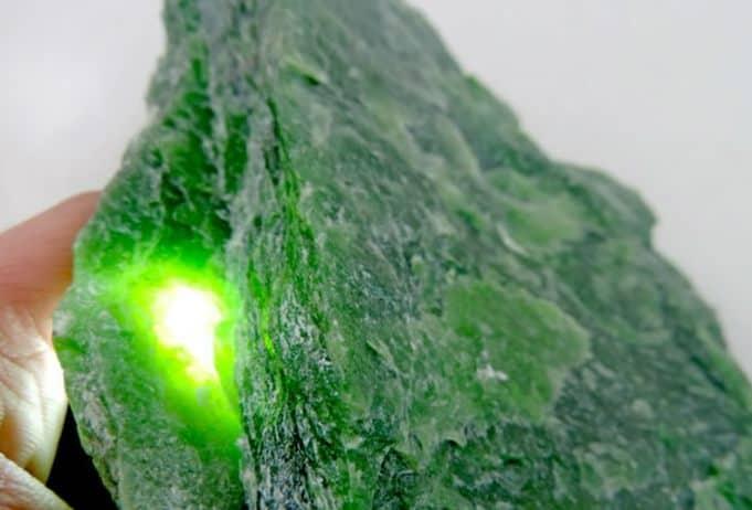 significado de los colores y sus piedras preciosas jade piedra 14