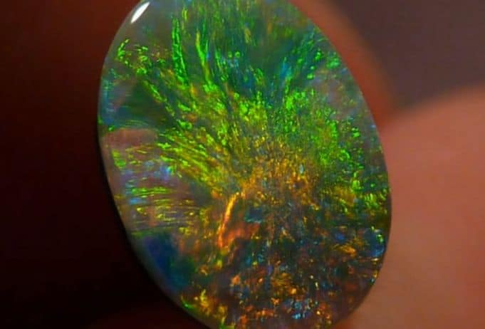 significado de los colores y sus piedras preciosas opalo 17