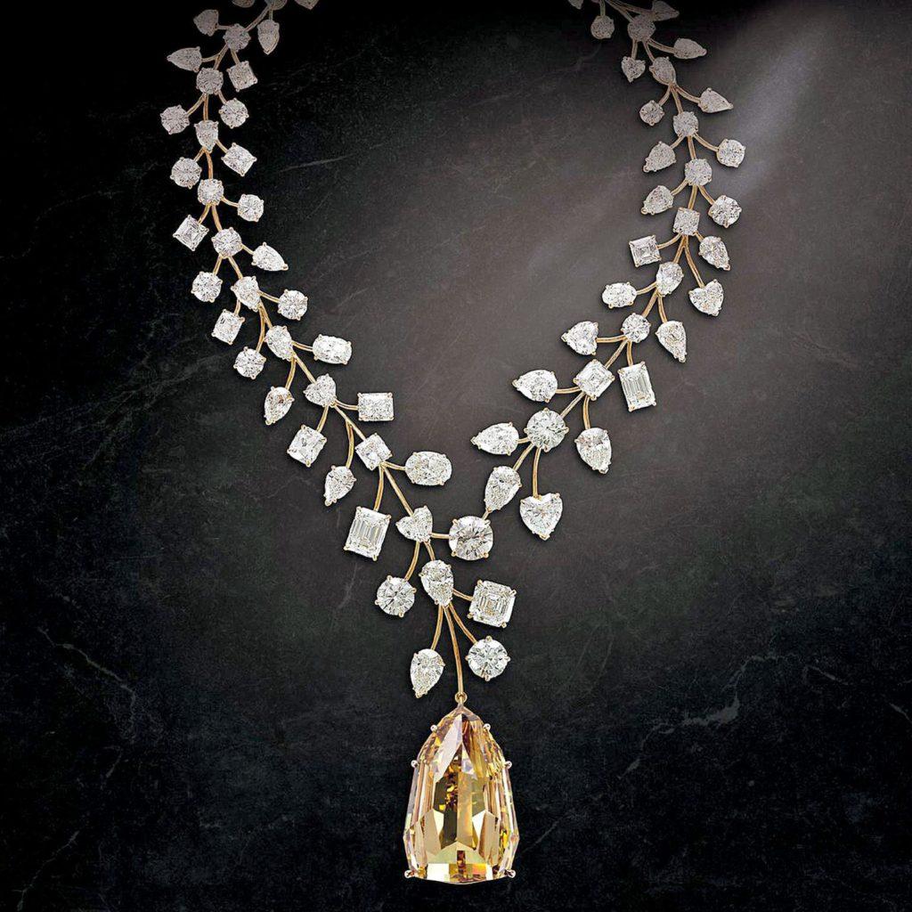 Collar de diamantesL'Incomparable