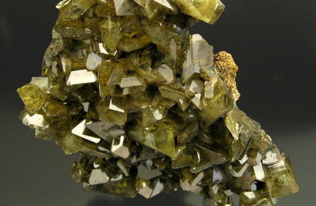 propiedades espirituales de las gemas Anglesita