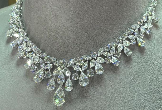 diamantes y cristales swarovski 3 Graff Diamantes 15