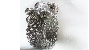 anillos de malla tubular con rococo